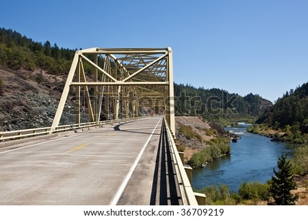 Steel bridge on Rogue River near Merlin, Oregon