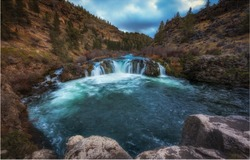 Steelhead falls in central oregon
