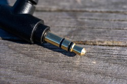 Stereo mini - plug Audio Jack.