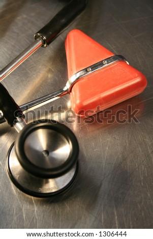 Stethoscope e martelo do reflex
