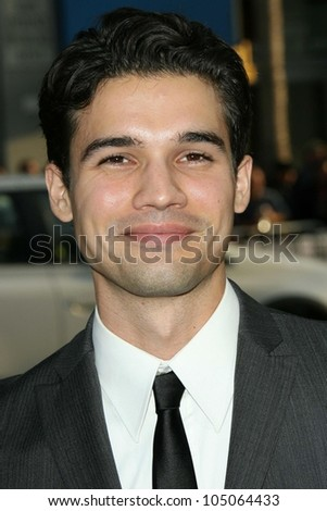 Steven Strait at the Industry Screening of \'X-Men Origins Wolverine\'. Grauman\'s Chinese Theater, Hollywood, CA. 04-28-09