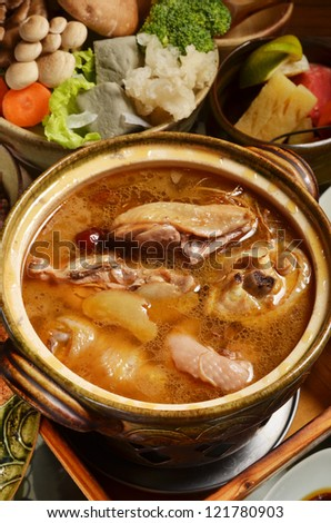 Stew Chicken with Rice Wine - A Popular Taiwan food in winter