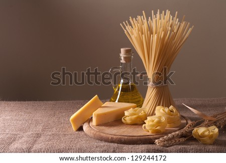 Still life with a variety of macaroni and cheese