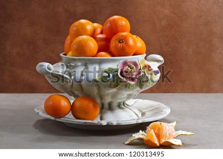 Still life with ripe tangerines