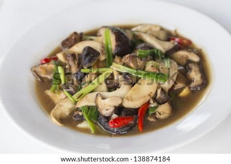 Stir fried shiitake mushroom with oyster sauce