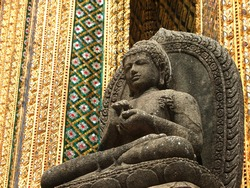 Stone Buddha Sculpture at Royal Palace, Bangkok, Thailand, Sculpture With Architecture in Temple, Religion Of Thailand, Sculpture With Art Culture,  Wat Thai Concept,