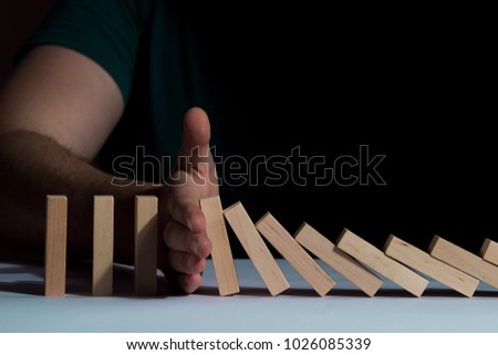 Stop falling wooden puzzles