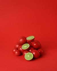 Strange Fruits in strange colours in a strange world. A project about stereotypes and fitting in to social constructs.