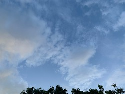Stratus Cloud is a sheet with a gray layer in the sky and expect heavy rain at Trang, Thailand.no focus