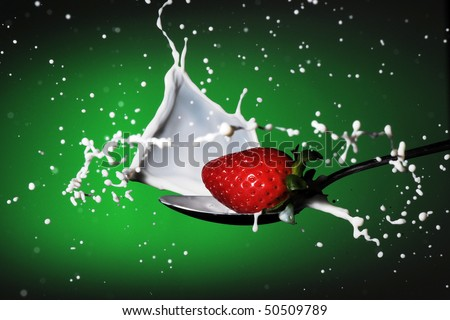 strawberries milk splash