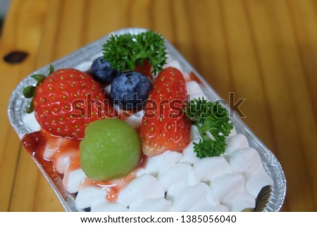 Strawberry Cake Homemade Cake Fruit Cake You can take pictures to make a delicious dessert menu in your restaurant or cafe.