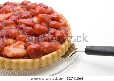 Strawberry cake with cake lifter