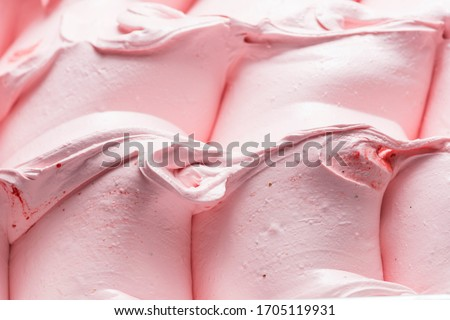 Strawberry flavour gelato - full frame detail. Close up of a pink surface texture of Strawberry Ice cream. Foto d'archivio ©