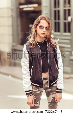 Free Photos Portrait Of A Teenage Girl With Sun Glasses Avopix Com