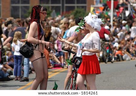 street performers talking in street