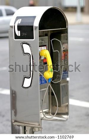 street phone new york