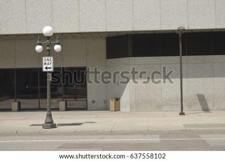 Street Scene  #637558102