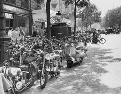 Street scene in Paris, August 23, 1953
