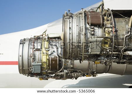 stripping airplane engine after breakage