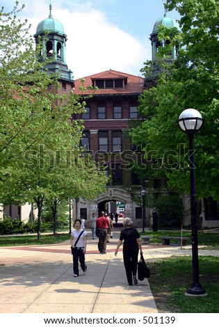 Students walking through Diag on the University of Michigan campus