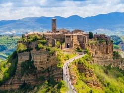 Stunning view of Civita di Bagnoregio, ghost mediaeval town built above a plateau of friable vulcanic tuff, Lazio, central Italy