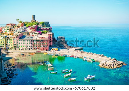 Stunning view of the beautiful and cozy village of Vernazza in the Cinque Terre Reserve