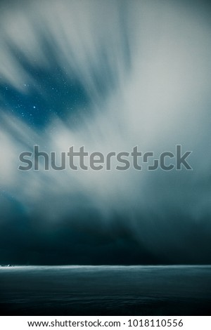 Sturmwolken in Norwegen Lofoten #1018110556