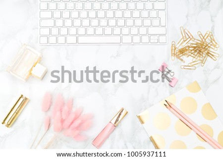 Styled feminine desktop. Flat lay