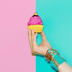 Stylish Wrist Accessories. Vanilla Summer Trend