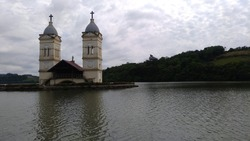Submerged church by reservatory from hydrelectrical usine