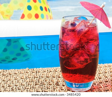 summer drink by pool