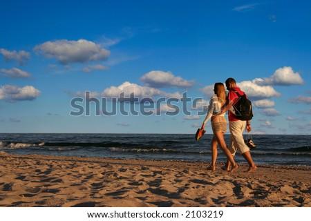 summer love - people aren't identifable
