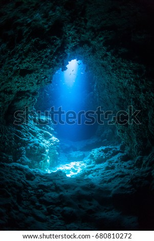Sun Light into the Underwater Cave\n