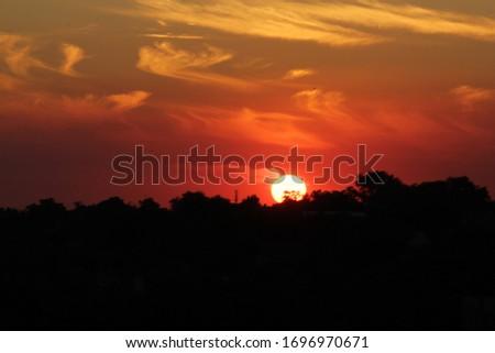Photo of  sun russia sunset sundown outward things sky heaven palate nature animalism