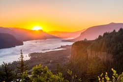 Sunrise at Columbia River Gorge, Oregon-USA