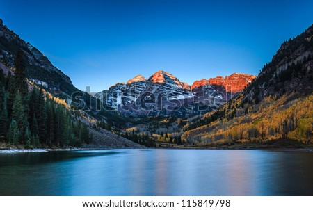 Sunrise at Maroon Bells with Fall color, Colorado