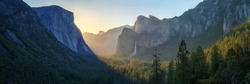 sunrise at the tunnel view in yosemite nationalpark, california in the usa