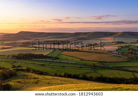 Sunrise from the top of mount Caburn on the Lewes Downs, east Sussex south east England Zdjęcia stock ©