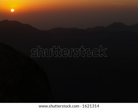 Sunrise from the top of Mozes mountain