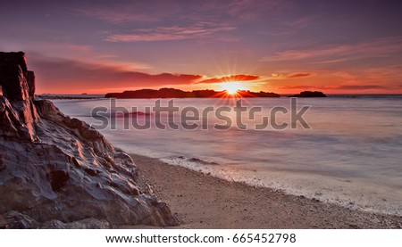 Sunrise Glow #665452798