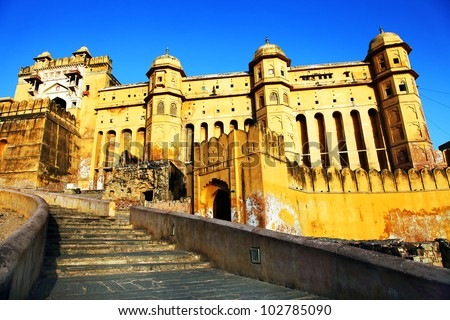 Sunrise light over Amber Fort in Jaipur, Rajasthan, India