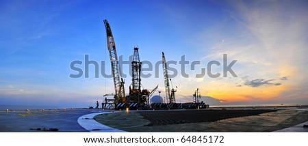 Sunrise, Oil Rig Panoramic 3