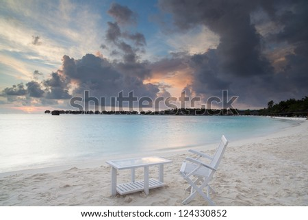 sunrise on tropical beach, malediven