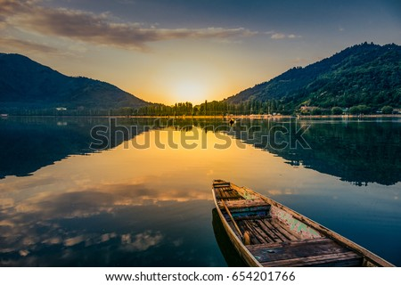 Sunrise view of a dal lake srinagar Jammu an Kashmir, india, #654201766