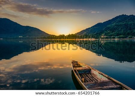 sunrise view of a dal lake...