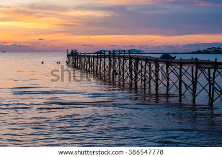 Sunset #386547778