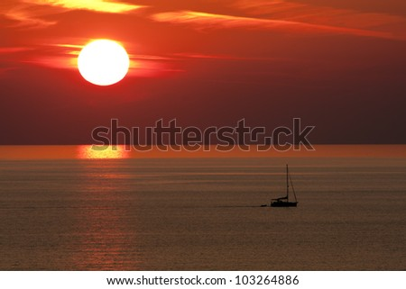Sunset and Boat, Alanya, Turkey. Image by Kevin Hellon
