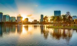 Menangani Pengaturan Perjalanan Orlando Untuk Liburan Keluarga Anda