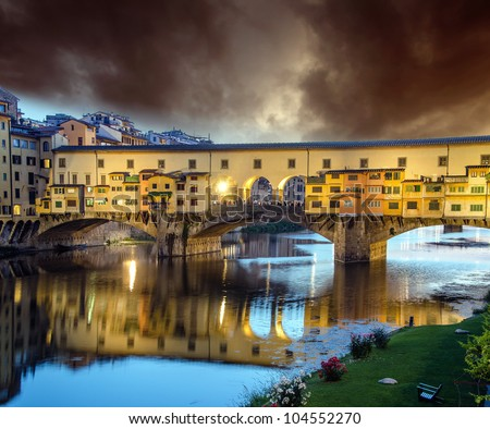 Sunset colors in Florence, Ponte Vecchio