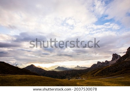 Sunset in Dolomites mountains, Alps, northern Italy. Europe Foto stock ©